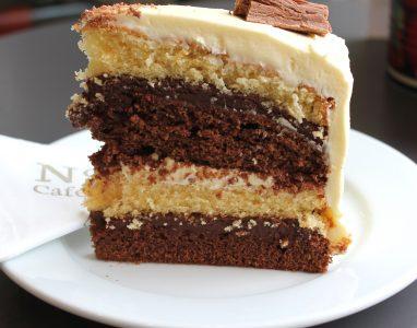 Choc & Vanilla Cake